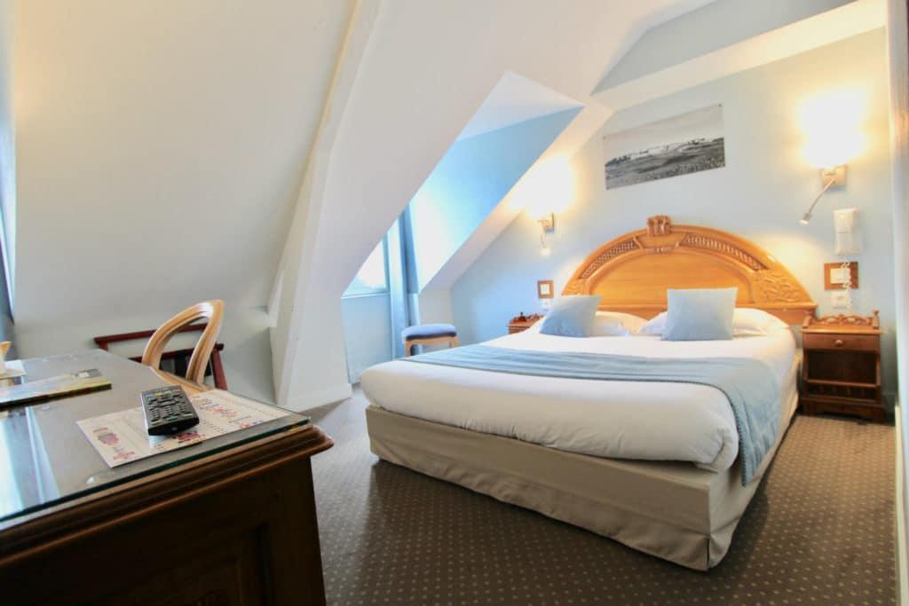 chambre confort hotel des abers saint malo
